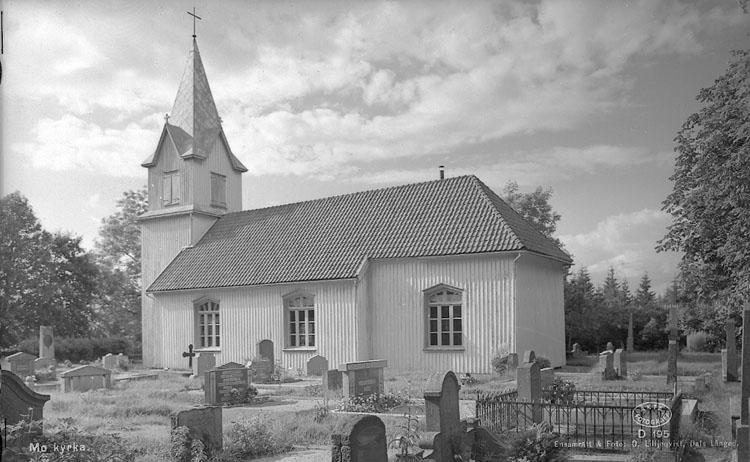 """Enligt AB Flygtrafik Bengtsfors: """"Bullaren Mo kyrka Bohuslän Gösta Augustin Fressland""""."""