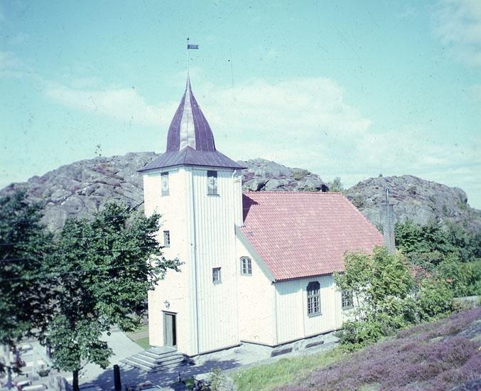 """Enligt AB Flygtrafik Bengtsfors: """"Rönnäng kyrkan Bohuslän"""".   ::"""