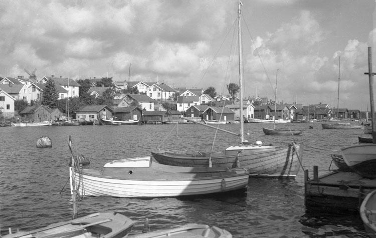 """Enligt AB Flygtrafik Bengtsfors: """"Fiskebäckskil, Hamnen""""."""
