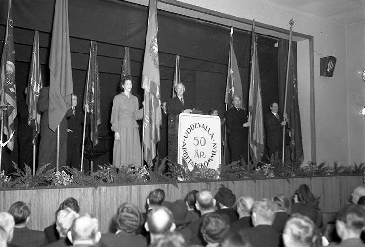 """Enligt notering: """"U-a Arbetarkommun Jub. 10/12 1948""""."""