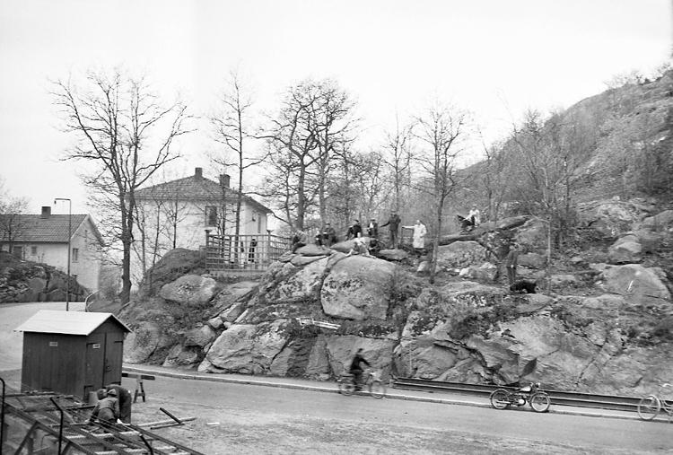 """Enligt notering: """"Snikens Berg Rimnersvallen 15/5 -57""""."""