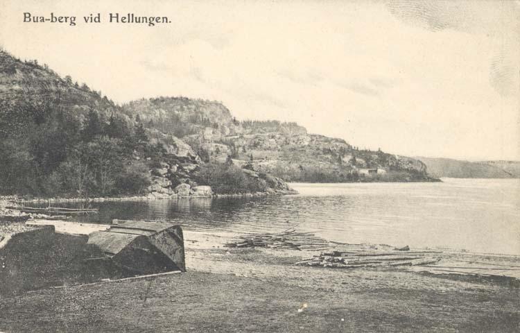 """Tryckt text på kortet: """"Bua-berg vid Hellungen."""""""