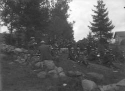 """Enligt fotografens noteringar: """"Hemvärnet från 1914 första k"""