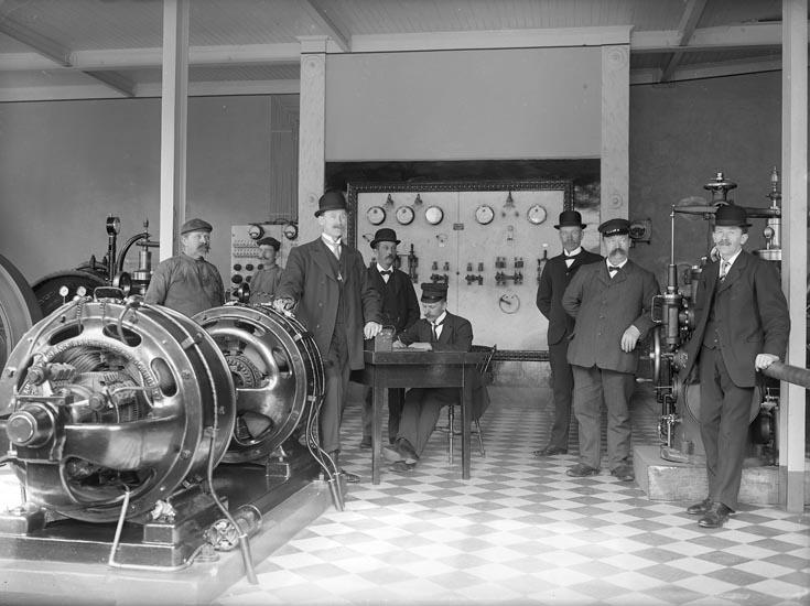 """Enligt fotografens noteringar: """"1921 Elektriska Kraftstationen Munkedals fabrik."""""""