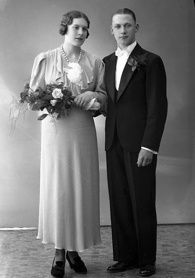 """Enligt fotografens journal nr 6 1930-1943: """"Johansson, Tage Krontofta, Ödsmål""""."""