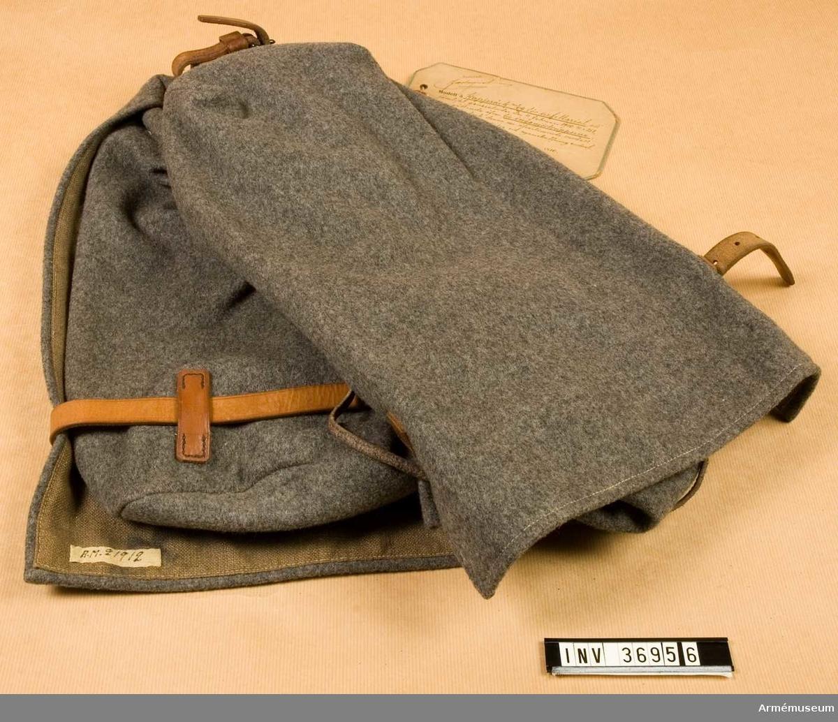 Grupp C I. Modell å kappsäck för artilleriet, att jämlik generalorder den 9 februari 1910 nr 151 vara gällande även för ingenjörstrupperna; skolande dock denna nu tjäna till efterrättelse av nyanskaffning endast för sistnämnda trupper.