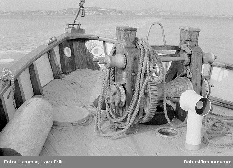 """Motivbeskrivning: """"Räddningskryssaren """"Lions"""", Fjällbacka. Byggd i Blekinge 1932 eller 1936, f.d. """"Dan Broström"""". Datum: 1977"""