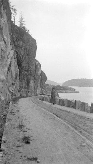 Enligt senare noteringar: Dynekilen, nya vägen åt Dyne. 26 Juni 1921.