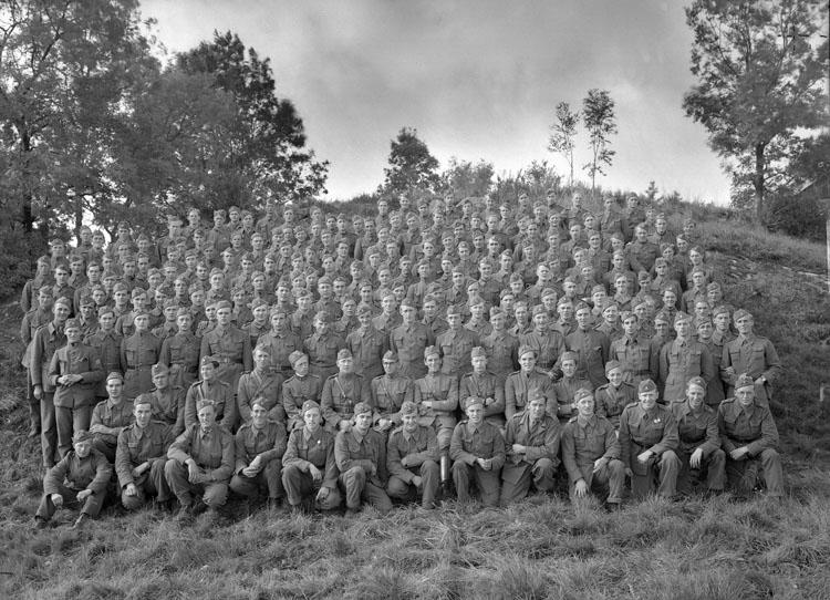 """Uppgift enligt fotografen: """"Uddevalla. Kompani från Bohusläns regemente."""""""