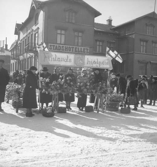 "Text till bilden: ""Lyse Röda Kors 1940.03.16""."