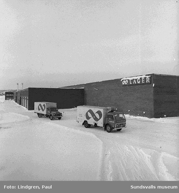 Fotografering av Kooperativa Förbundets lagercentral i Birsta inför invigningen 1968-02-09.