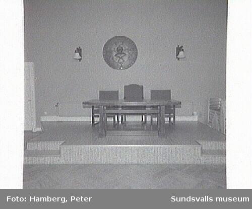 Hantverksföreningens sal, inför restaurering av väggplanel.