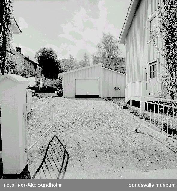 Uthus och garage, kv. Almen 14 och 5, Nygatan 11 och 13.