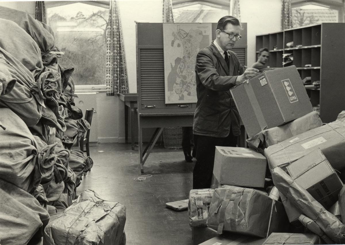 Postkontoret Nynäshamn 1 julen 1960.