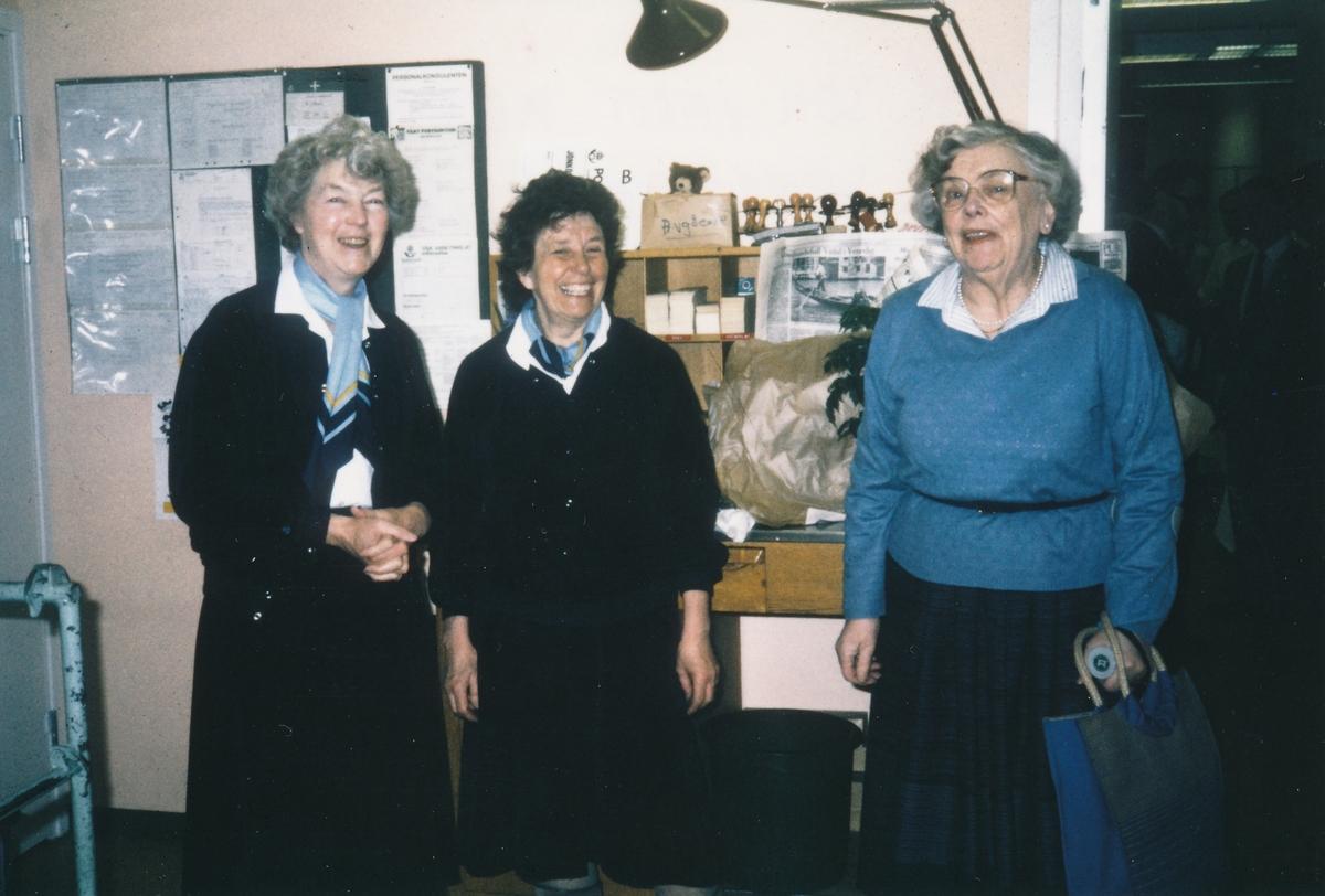 3 anställda vid Postkontoret Jönköping 6 som varit med sedan kontoret öppnade 1961.
