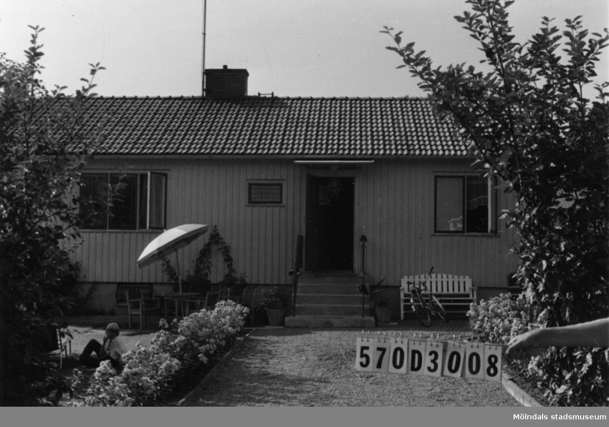 Byggnadsinventering i Lindome 1968. Annestorp 5:41. Hus nr: 570D3008. Benämning: permanent bostad. Kvalitet: mycket god. Material: trä. Tillfartsväg: framkomlig. Renhållning: soptömning.