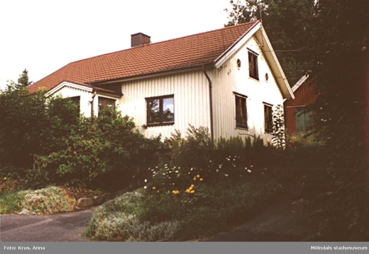 Fässberg 1:68. Ganska omgjort boningshus byggt 1869 sett från sydost.