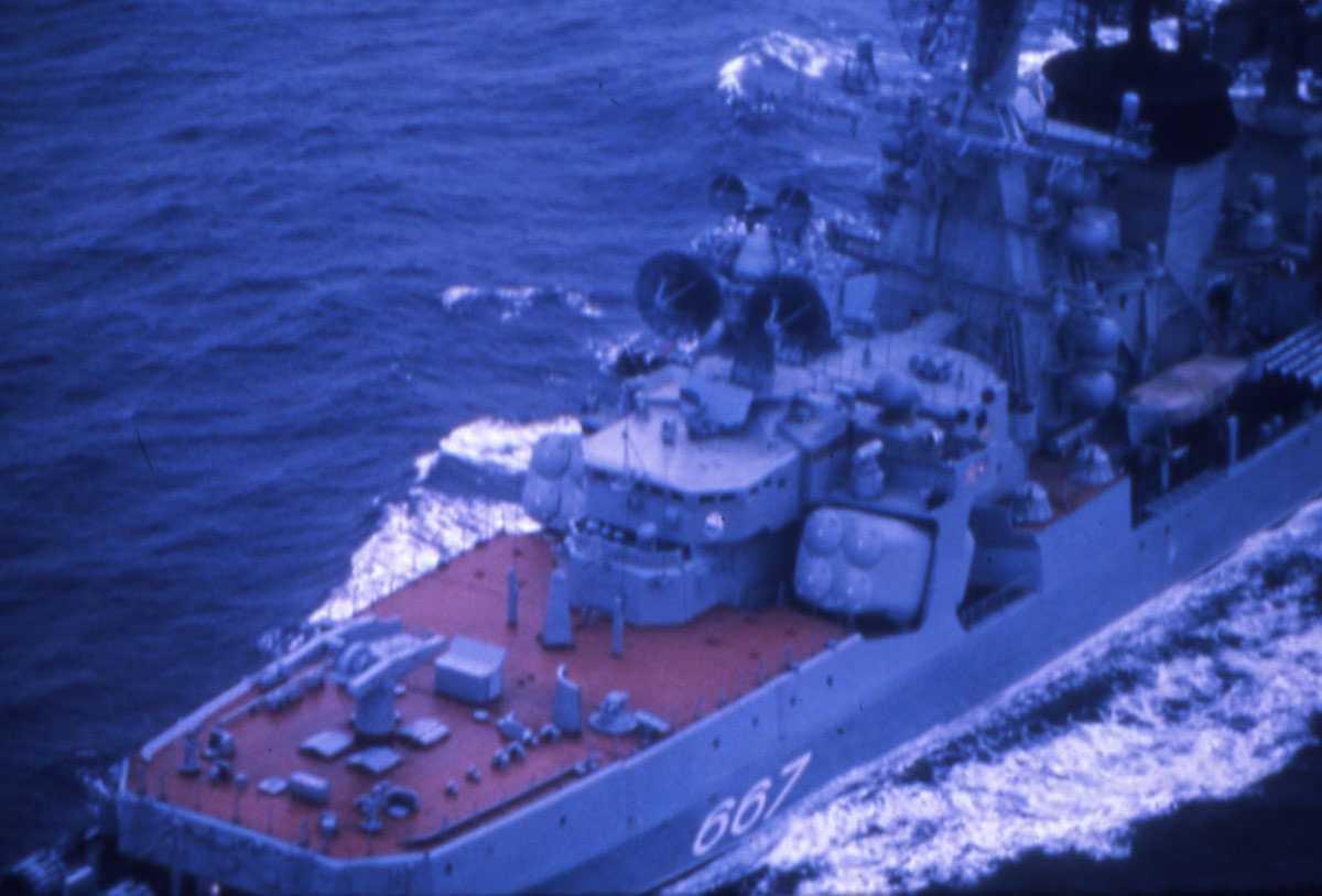 Russisk fartøy av Kresta II - klassen med nr. 667.