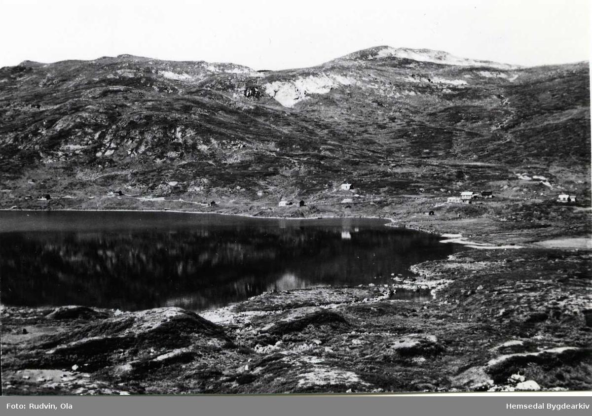 Mot Vabuleino i 1960. Vavatnet i framgrunnen.