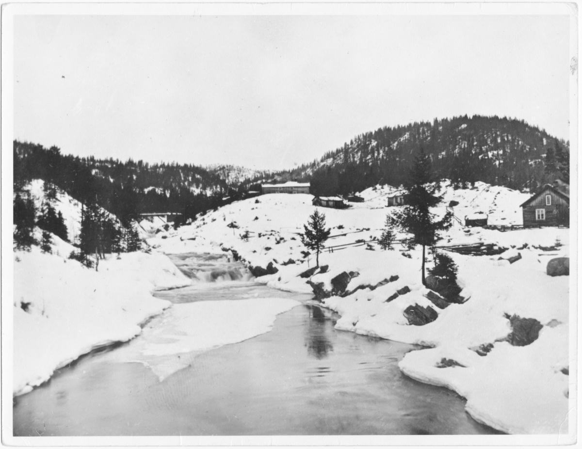 Flesahaugen ved Storelva, Åmdals Verk.