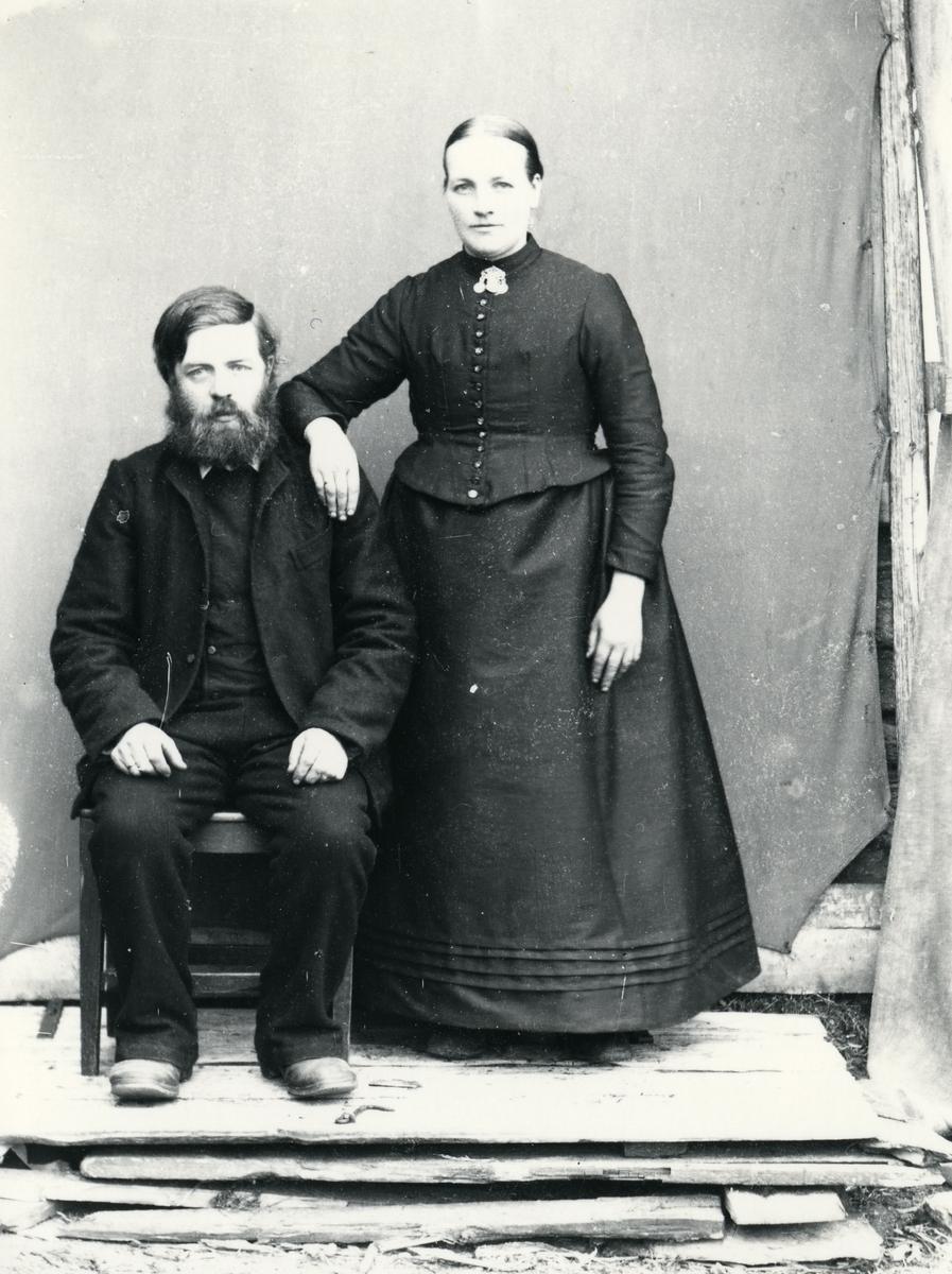 Kvinne og mann, lerretbakgrunn