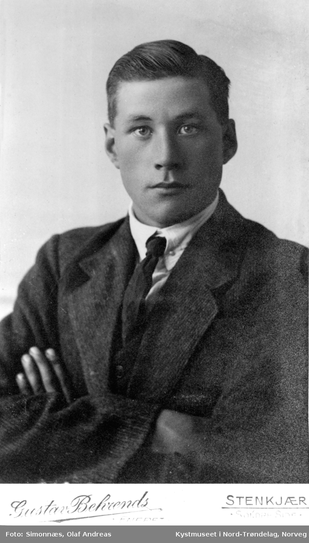 Arne julius Valøy