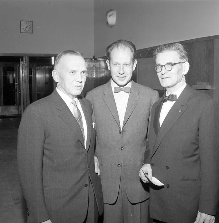 """Enligt notering: """"Naturskyddare Folkets Hus dec 1960""""."""