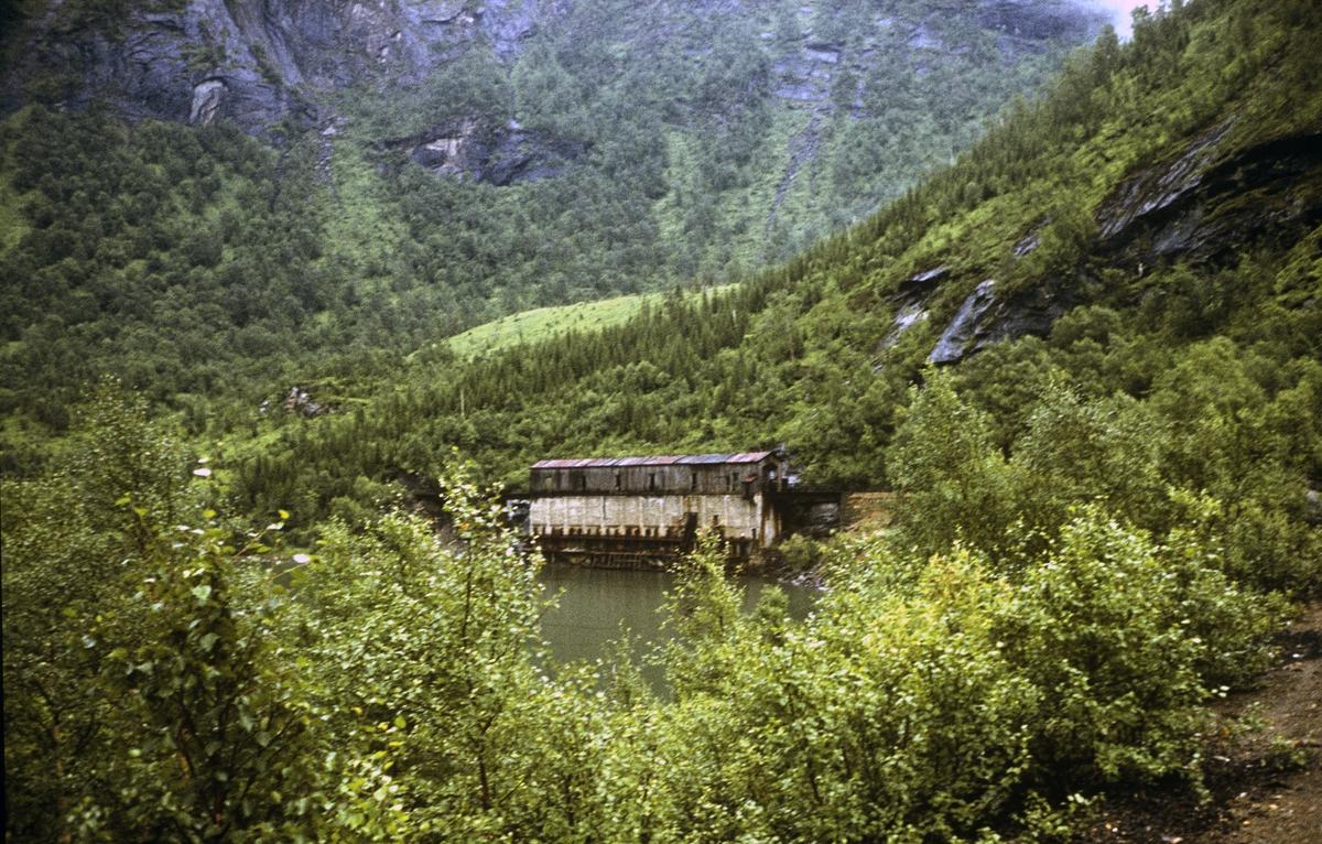 Ved Sjønstå på Sulitjelmabanen