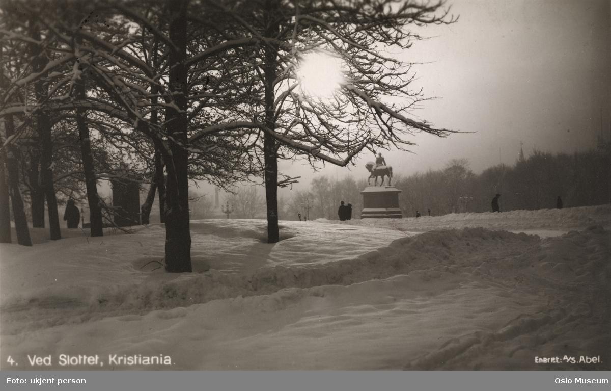 park, plass, trær, rytterstatue, mennesker, snø, soloppgang