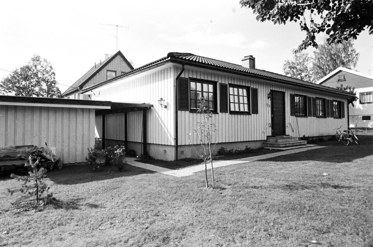 Bilde av Hulfredshus med hage og garasje