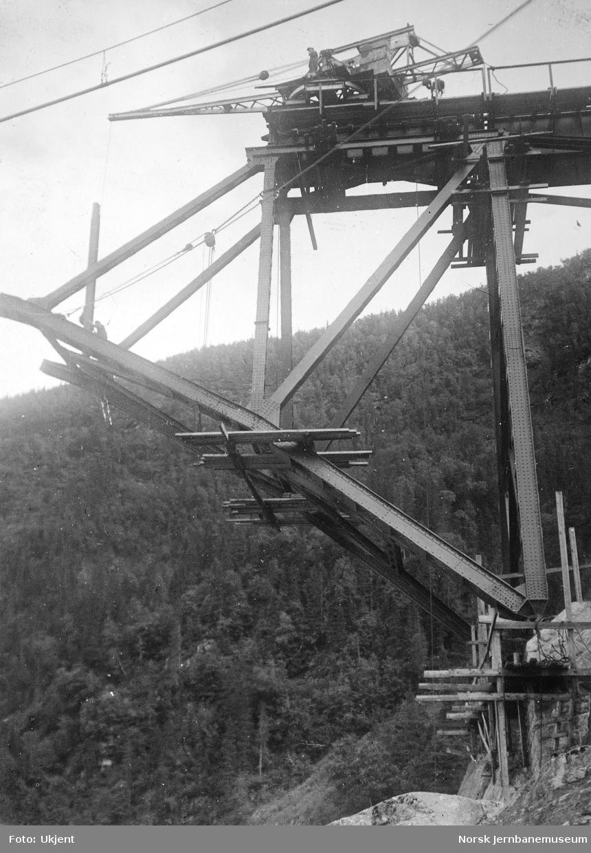 Bru over Namsen ved Buneset : vertikal 4-5 (syd)