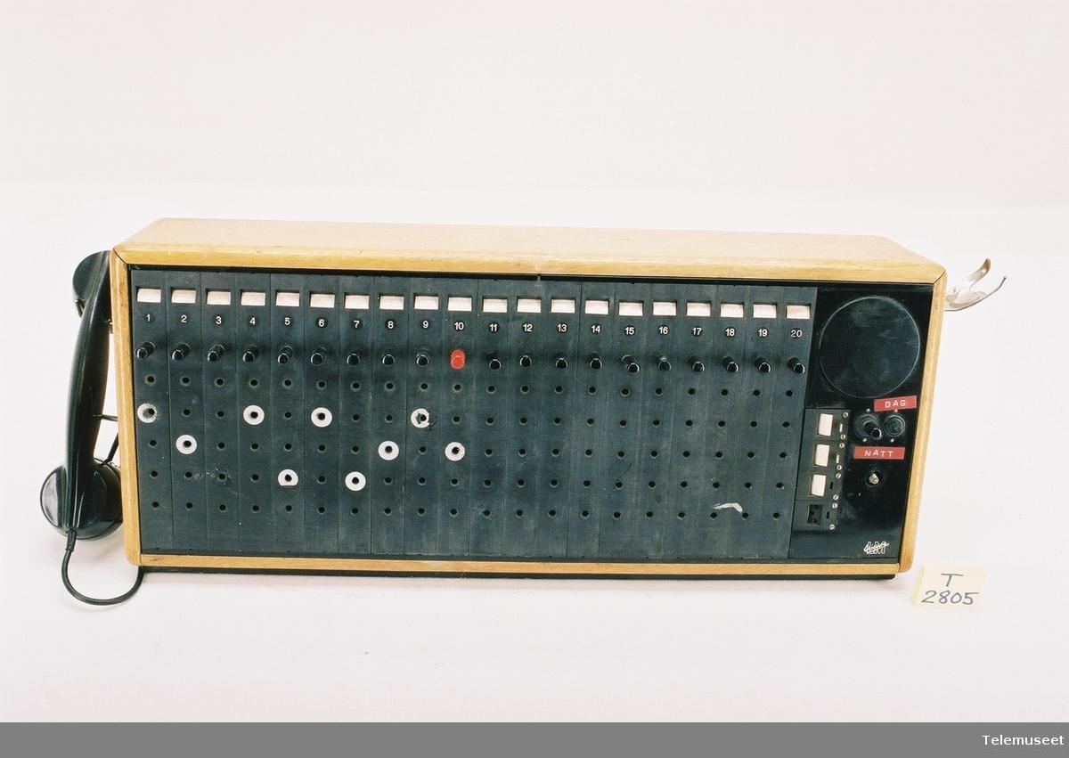 Sammen med denne gjenstanden er også: - 1 stk ABG 1505 - 2 stk ABG 1510