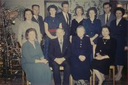 Familiebilde av Helga og Hans Aanestad på Tunheim bruk 2. Ba