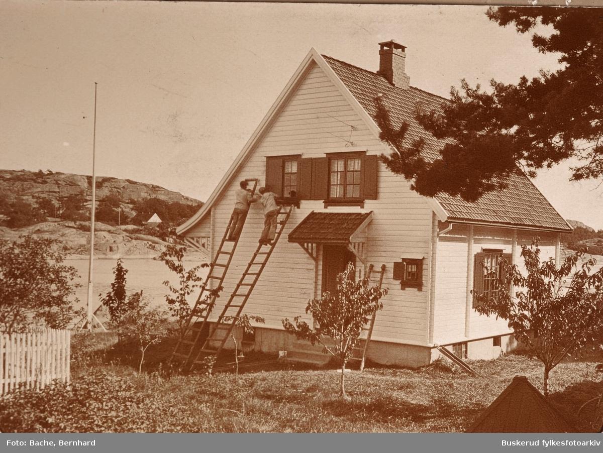 Bachefamilien ved landstedet  Sjøbu på Tjøme Røssesund 1914