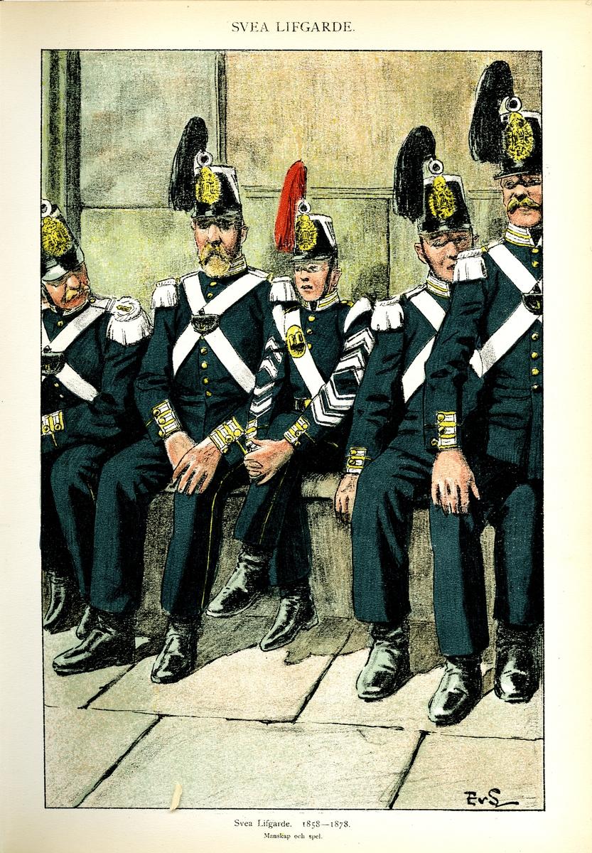 Plansch med uniform för manskap och spel vid Svea livgarde för åren 1858-1978, ritad av Einar von Strokirch. Ingår i planschsamlingen Svenska arméns munderingar 1680-1905.