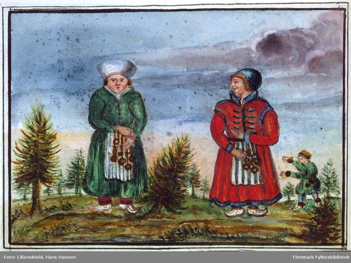 Eksempler på samiske kvinnedrakter. Til venstre en kvinne kledd i russisk drakt, til høyre antakelig en kvinne fra reindriftsmiljø. Begge holder kjeder med messingringer til å feste nålehus og annet syutstyr til beltet