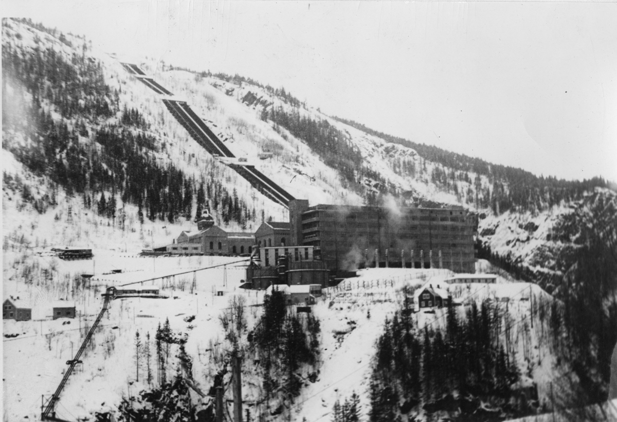 Salpeterfabrik vid Rjukan i Norge.