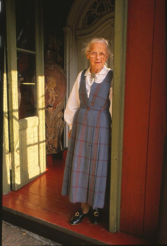 Gunhild Bakke ble på Asker museum livet ut. Hun bodde i andre etasje i huset til Tilla og Otto Valstad.