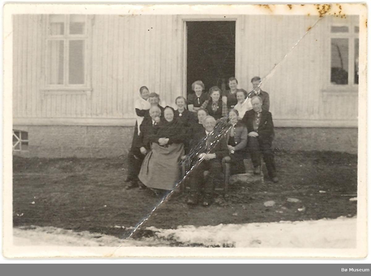 Familiegruppe på Jønneberg, Bø i Telemark