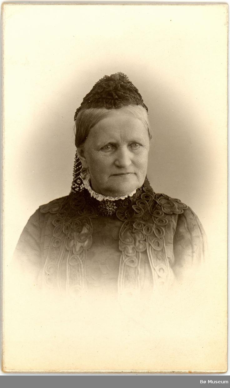Eldre kvinne, portrett