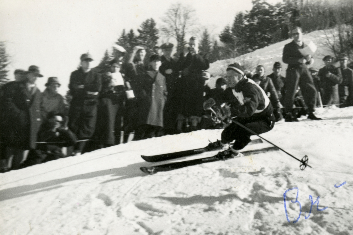 Birger Ruud in downhill race at Garmisch