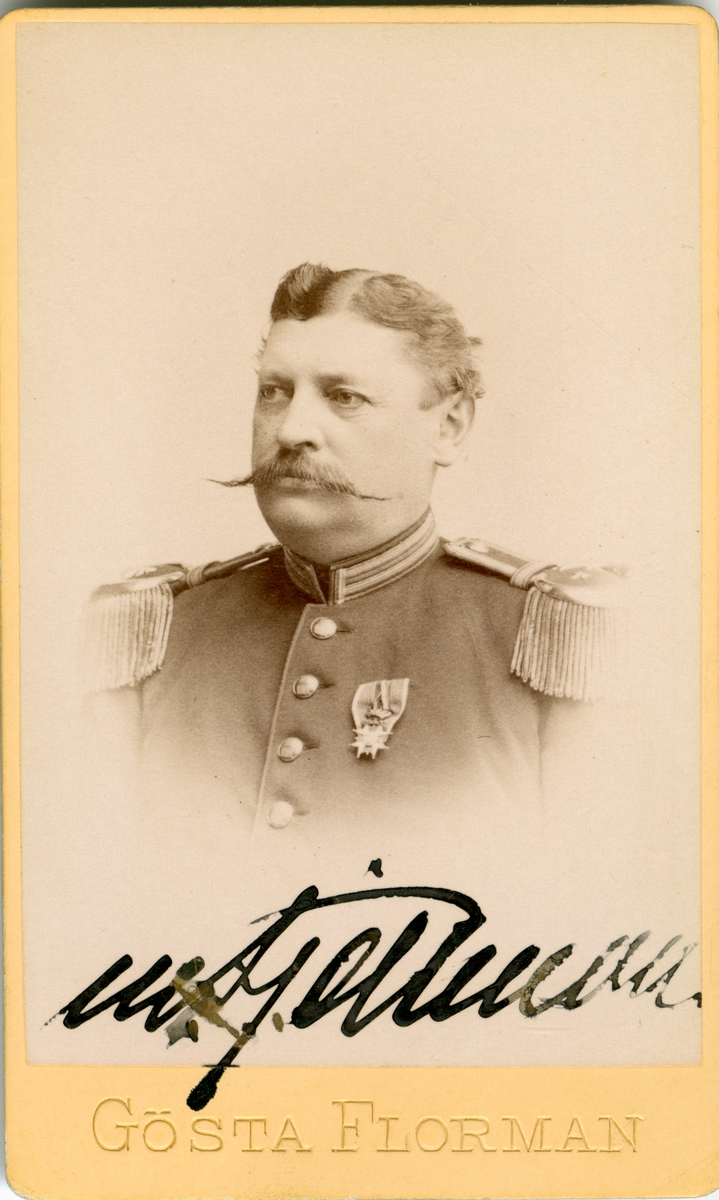 Porträtt av Mathias Fjellman, överste och chef vid Bohusläns regemente I 17. Se även AMA.0007312.