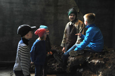 Omvisning for barn. Foto/Photo