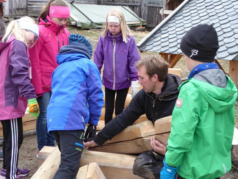 Bygningsvern og barn (Foto/Photo)