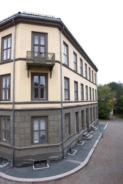 The Apartmentbuilig. Foto/Photo