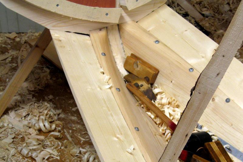 Hogde halser også bak i overgangen til speilet.