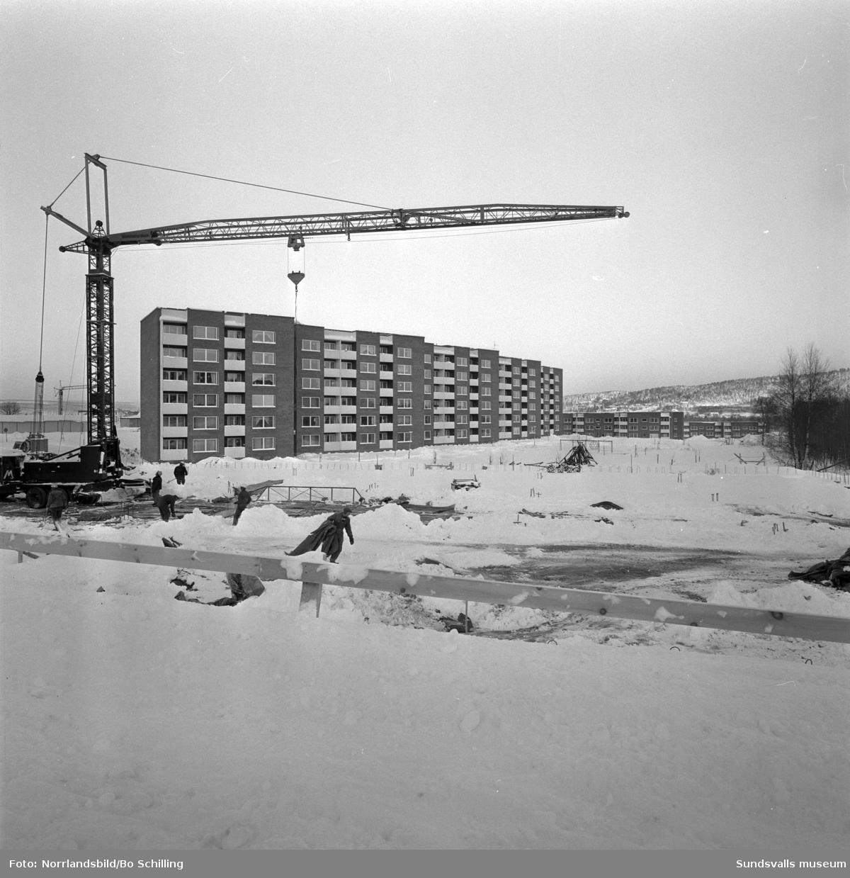 Exteriörbilder från det framväxande bostadsområdet i Nacksta.