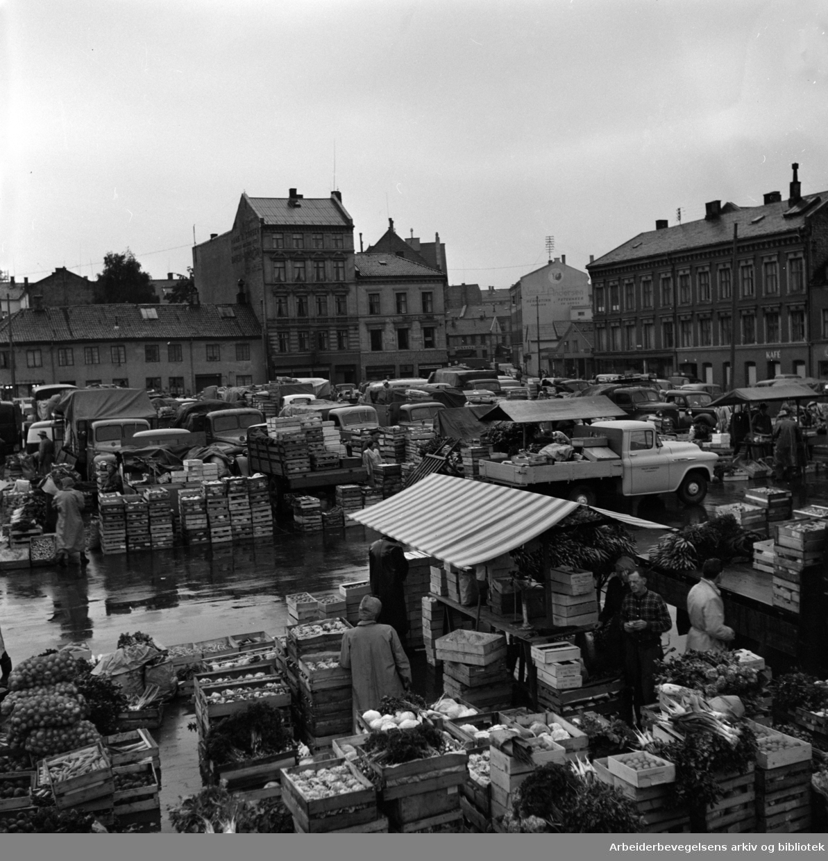 Grønlands Torg, september 1957.