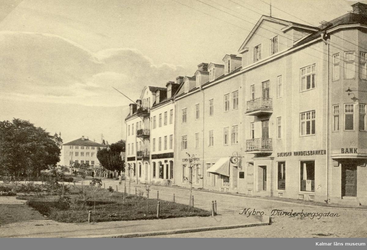 Vykort med motiv från Dunderbergsgatan i Nybro.