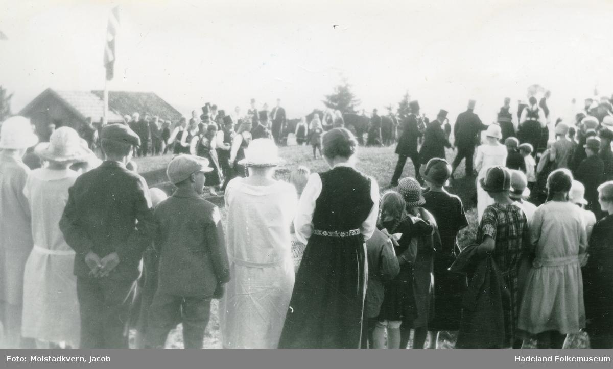St. Hans feiring med bondebryllup